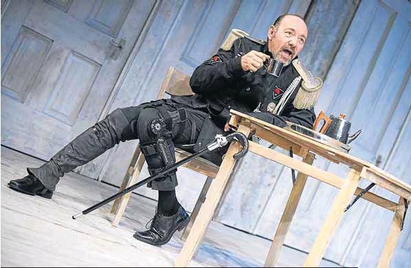 El incontestable éxito de Kevin Spacey con su 'Ricardo III' en el Teatro Palacio Valdés.