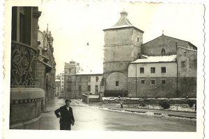 Iglesia de San Nicolás, en foto tomada un 14 de febrero de 1956, día de nieve.